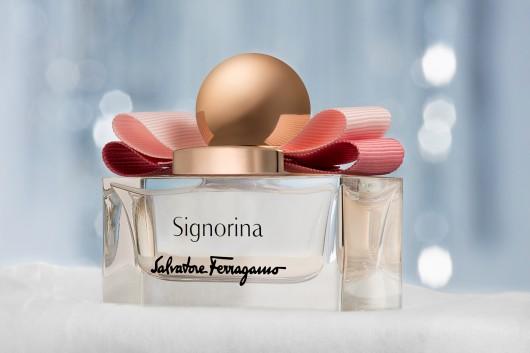 Ferragamo. Signorina fragrance still life.